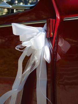 Ozdoba samochodu weselnego